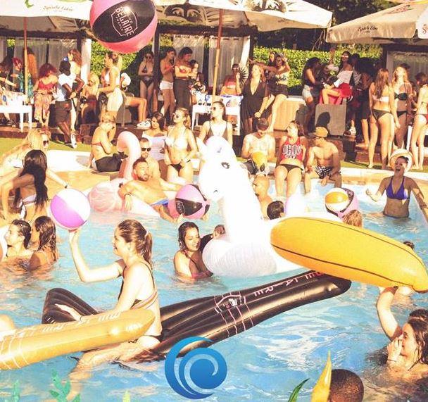 A côté de Paris, une Pool Party géante s'invite tous les weekends de l'été
