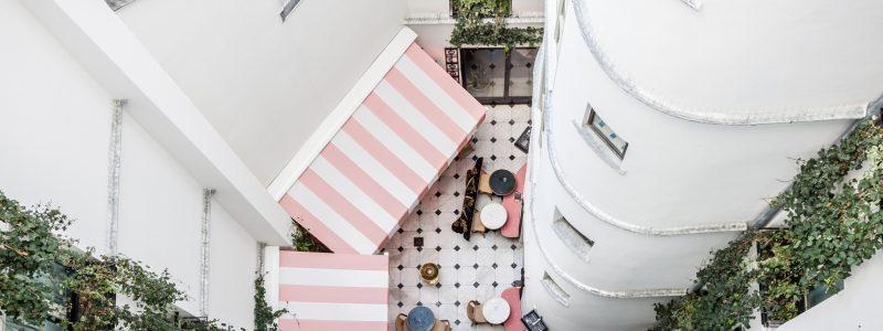 terrasse cachée paris hôtel amour